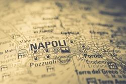 Napoli on Italy travel map