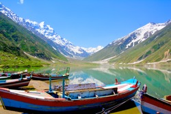 Naran Kaghan valley of Pakistan nature of Pakistan Boats in Pakistan Lake saif ul Muluk saif ul Malook  saif ul Malok Cold areas of Pakistan lake in Pakisnta world best Lake