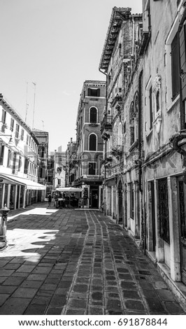 Narrow lanes in the ancient city of Venice