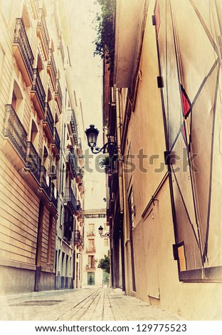 narrow spanish street. photo in ...