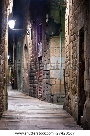 Narrow street in the Old Town, Barcelona