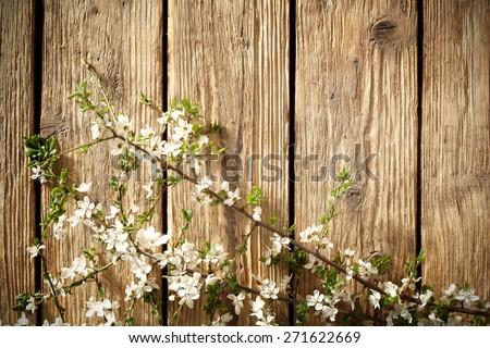 natural flowers on desk