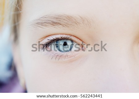 Natural girl with blonde hair, detail face, detail eye, shadow #562243441