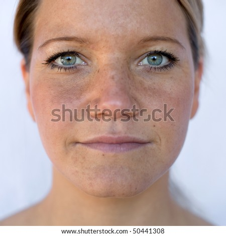 Natural portrait with available light of a woman