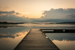 Nature in goldenhour and fog