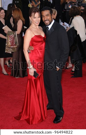 Naveen Andrews Wife Name Naveen andrews & wife