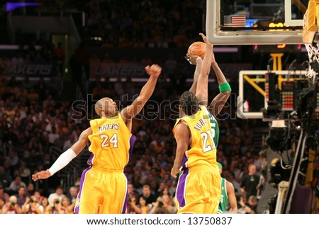 kevin garnett dunking on kobe. Bryant and Kevin Garnett