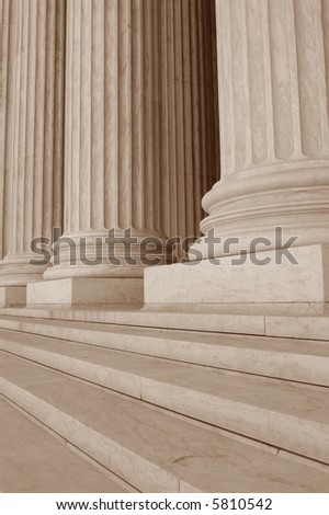 Neoclassical Columns with Steps