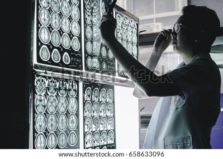 neurologist and brain imaging 3