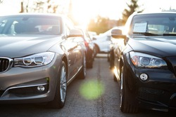 New and Used Cars, Car industry