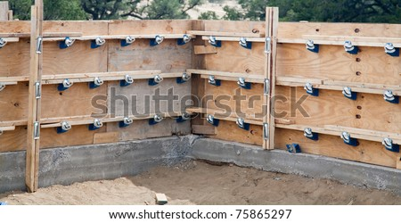 New construction residential building forms stem wall for Stem wall construction