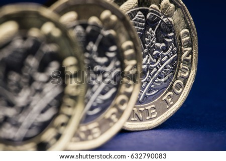 New one pound British sterling coin. #632790083