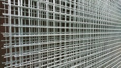 New stainless steel wire mesh panels for fence installation in square mesh pattern. Ideal for used in area with prolonged exposure to corrosive environments.