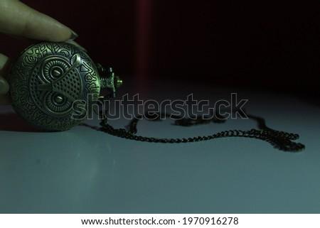 New style owl pocket watch  Stok fotoğraf ©