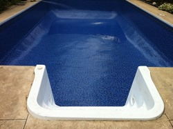 New vinyl liner installed in a swimming pool