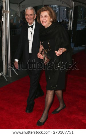 New York Apr 21 Howard Rubenstein L And Wife Amy Attend The 2015