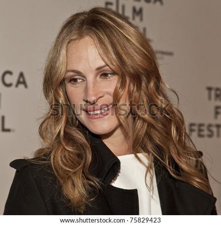 NEW YORK - APRIL 23: Julia Roberts attends premiere of 'Jesus Henry Christ' at the 2011 Tribeca Film Festival on April 23, 2011 in New York City