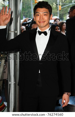 NEW YORK - APRIL 26: Korean singer Jung Ji-hoon, aka RAIN attends the Time 100 Gala for Time's 100 Most Influential People in the World at the Time Warner Center on April 26, 2011 in New York City, NY