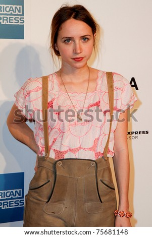 zoe kazan it. 20: Zoe Kazan attends the