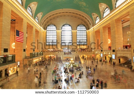 NEW YORK, AUGUST 24: commuters and tourists in the grand central station in August 24, 2012 in New York. It is the largest train station in the world by number of platforms: 44, with 67 tracks