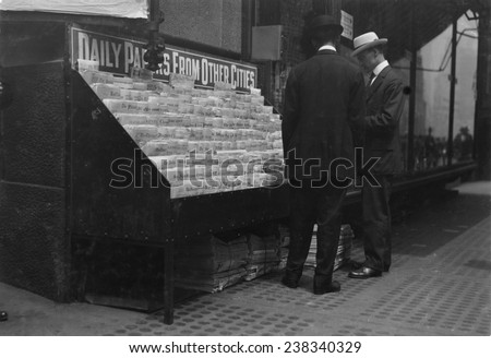 New York City newsstand, photograph by Lewis Wickes Hine, June, 1913