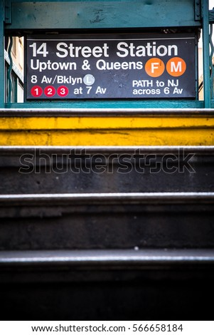 New York City subway entrance at 14th Street Stock fotó ©
