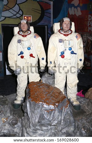 wax museum neil armstrong - photo #14