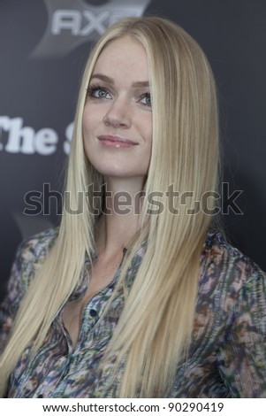 NEW YORK - DECEMBER 06: Model Lindsay Ellingson attends 'The Sitter' premiere at Chelsea Clearview Cinemas on December 6, 2011 in New York City