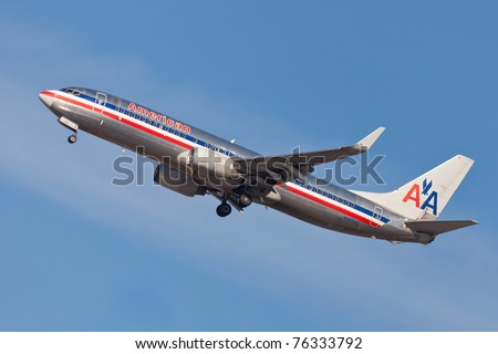 NEW YORK - JANUARY 16: Boeing 757 American Airline approaches JFK in New York, USA on January 16, 2011. American Airline is on of the oldest American airlines and one of the biggest in the world
