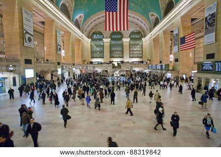 NEW YORK, JANUARY 29: commuters and tourists in the grand central station  in January 29, 2010 in New York. It is the largest train station in the world by number of platforms: 44, with 67 tracks