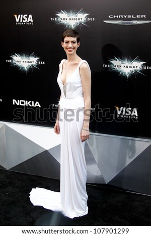 "NEW YORK-JULY 16: Actress Anne Hathaway attends the world premiere of ""The Dark Knight Rises"" at AMC Lincoln Square Theater on July 16, 2012 in New York City."