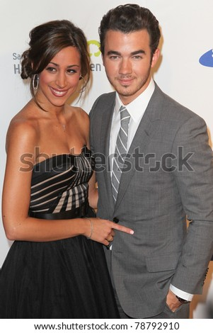 NEW YORK - JUNE 7: Danielle and Kevin Jonas attend the Samsung Hope for Children Gala at Cipriani Wall Street on June 7, 2011 in New York City.
