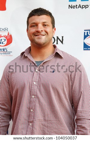 NEW YORK-MAY 31: New York Giants Henry Hynoski attends the 4th annual Tuck�s Celebrity Billiards Tournament on May 31, 2012 in New York City.
