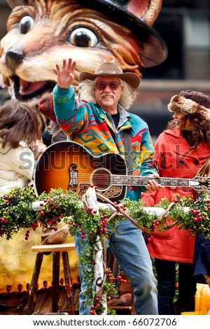 NEW YORK - NOVEMBER 25: Singer Arlo Guthrie attends the 84th Macy's Thanksgiving Day Parade on November 25, 2010 in New York City.