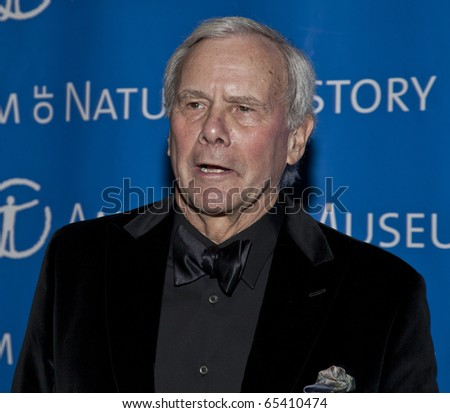 NEW YORK - NOVEMBER 18: Tom Brokaw attends American Museum of Natural History Gala on November 18, 2010 in New York, City.