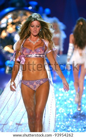 NEW YORK - NOVEMBER 9: Victoria's Secret Fashion model Gisele Bundchen walks the runway during the 2010 Victoria's Secret Fashion Show on November 9, 2005 at the Lexington Armory in New York City.