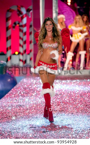 NEW YORK - NOVEMBER 9: Victoria's Secret Fashion model Gisele Bundchen walks the runway during the 2010 Victoria's Secret Fashion Show on November 9, 2005 at the Lexington Armory in New York City.