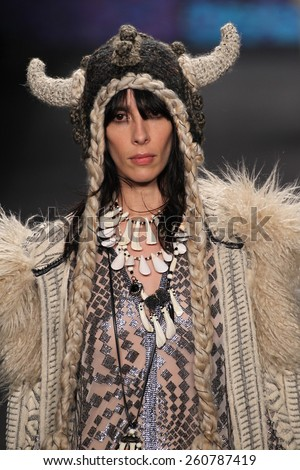 NEW YORK, NY - FEBRUARY 18: Model Jamie Bochert walks the runway at the Anna Sui show during MBFW Fall 2015 at Lincoln Center on February 18, 2015 in NYC