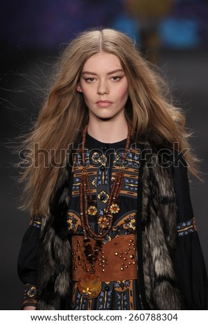 NEW YORK, NY - FEBRUARY 18: Model Ondria Hardin walks the runway at the Anna Sui fashion show during MBFW Fall 2015 at Lincoln Center on February 18, 2015 in NYC