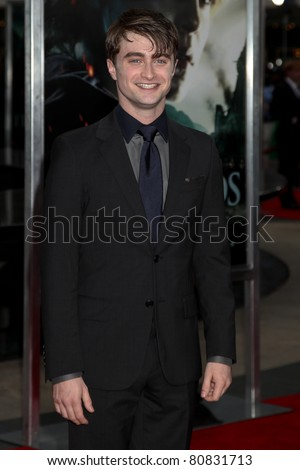 NEW YORK, NY - JULY 11: Actor Daniel Radcliffe attends the New York premiere of 'Harry Potter And The Deathly Hallows: Part 2' at Avery Fisher Hall, Lincoln Center on July 11, 2011 in New York City.