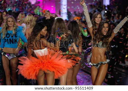 NEW YORK, NY - NOVEMBER 09: Models walks the runway finale during the 2011 Victoria's Secret Fashion Show at the Lexington Avenue Armory on November 9, 2011 in New York City.