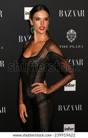 NEW YORK - SEPTEMBER 5: Alessandra Ambrosio attends the Harper\'s Bazaar ICONS event at the Plaza Hotel on September 5, 2014 in New York City.