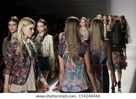 NEW YORK - SEPTEMBER 07: Models walk the runway for Collection by Nicole Miller during Spring/Summer 2013 at Mercedes-Benz Fashion Week on September 07, 2012 in New York
