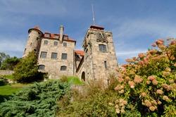 New York, St. Lawrence Seaway, Thousand Islands. Singer Castle on Dark Island (PR).
