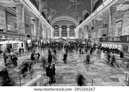 NEW YORK - USA - 11 DECEMBER 2011 Interior of Grand Central station full of people in black and white