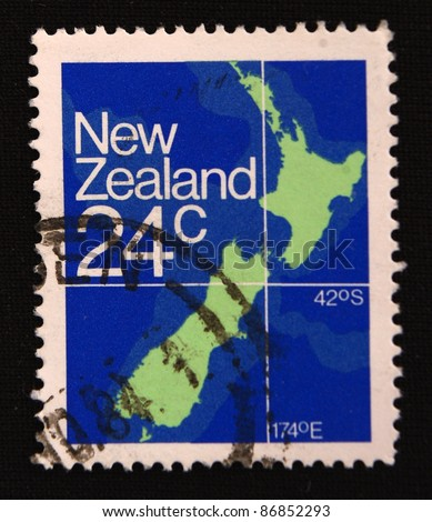 NEW ZEALAND  - CIRCA 2000: A stamp printed in New Zealand shows a Map, circa 2000