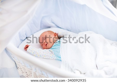 c89e0ac69d33 Free photos Newborn baby boy in bed. New born child sleeping under a ...