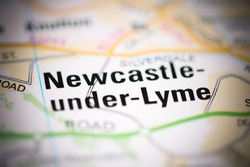 Newcastle-unde-Lyme on a geographical map of UK