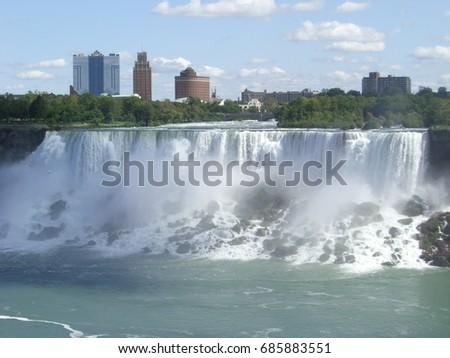 Niagara Falls (American falls) #685883551