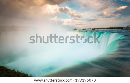 Niagara falls, with clouds and lots of mist